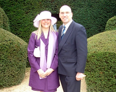Your hosts and guide, Malcolm Clough and Alison Barrow. Whether you want a good overview of the highlights of the D Day landings, or a detailed tour, Malcolm and Alison will cater for your every need.